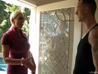Blonde Mummy Tosses Men Salad