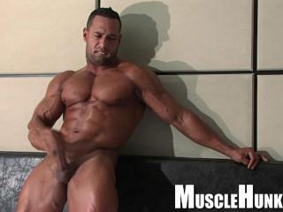MuscleHunks – Cosmo Babu – The Monster Inside