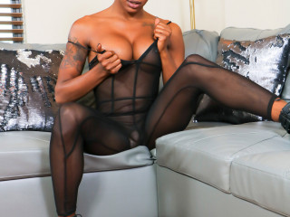 Gorgeous Kendra Kellz Cums!