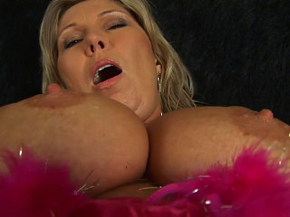 Big tit milf slut dania in pink red outfit masturbates with toy