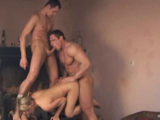 Bisexual Maxx 43
