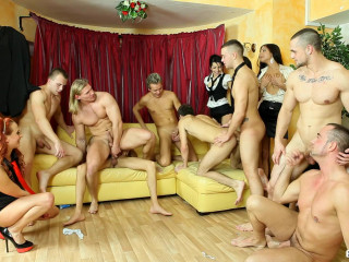 Bisexous Fashion CFNM Part 3 FullHD