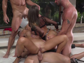 Hot Orgy 3 beauties and 20