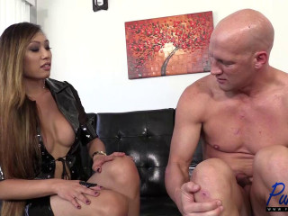 imperious Venus Lux pokes her obedient guy no condom