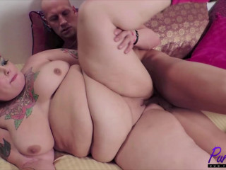 Punk rock Bbw Anna Anarchy gets a hard cock