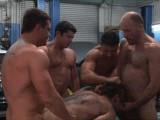 Dirty Muscle (Robert van Damme)