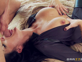 Torrid Hump Act With Pretty Girl Maid