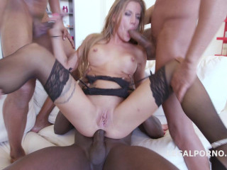 Tough 4on1 Gang-bang For Silvia Dellai