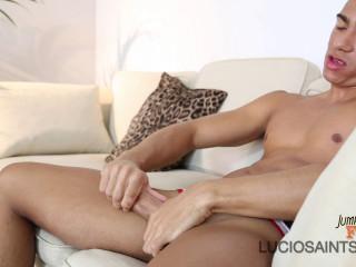 Oliver Ferreiro - fresh talents