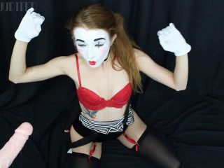 Jackie Marie Jupiter - The entertainer