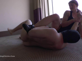 Ballbustingchicks - Isabella - Testicle Lifting