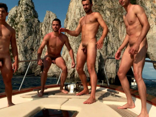 Warwick Rowers - Calendar 2019 Is Here - Holiday Preview Film (1080p)