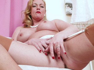 Holly Kiss - Juicy Appetizer FullHD 1080p