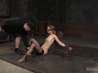 All congenital babe Mona Wales takes on 3 lollipops blinded and chained onto a vibrator!