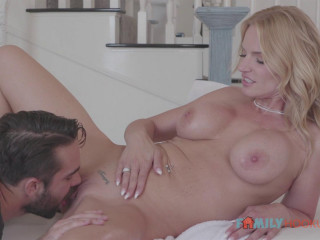 Rachael Cavalli - Gets a massage and some deep fucking (2020)