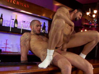 Uk Naked Men – Gay Bar or Bust HD (2012)