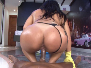 Vick Valencia - Super-naughty Colombian cleaning chick in hard-core pulverizing and facial cumshot (2017)