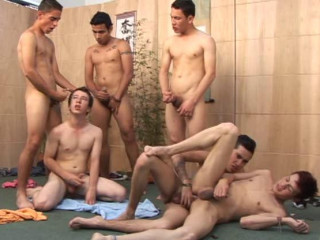 Cute young fuckers in orgy