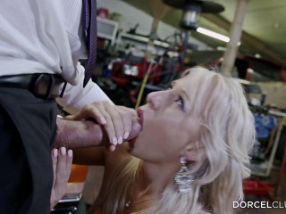 rich blond fucked hard by her driver 2015
