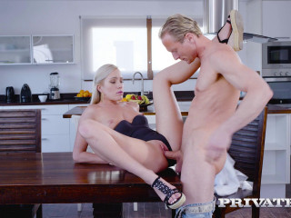 Angelika Grays - Anal in the Kitchen FullHD 1080p