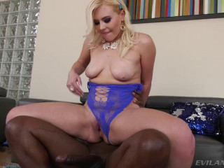 Summer: Interracial Anal BBC Monster!