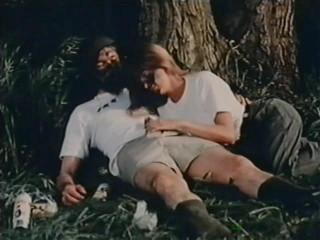 Fox Holes (1983) - Lisa De Leeuw, Randy West, Vanessa del Rio