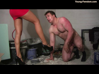 Young-femdom - The girl with the white gloves
