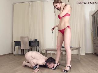Brutal Facesitting - Linda - Full HD 1080p