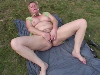 Hairy mautre outdoor casting