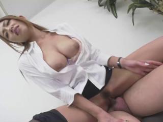Stay Alone With Pretty Slut Boss In Office