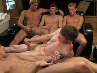 Sexy Males Like Raw Orgy