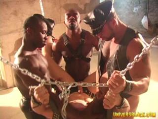 Black Muscle Men In Brutal Orgy