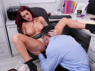 Tana Lea - Tana Lea Loves Workplace Sex With Her Fuck Buddy