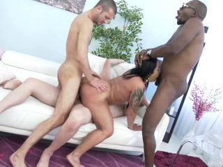Huge butt latina Monica Santiago loves brutal anal orgy with DP