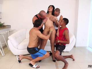 Taiira Navarretes First Gang-bang gig 1 720P