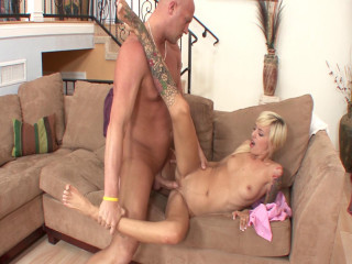Fleshy Emma Mae gets fucked by her boss