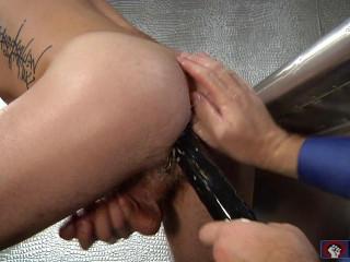 Fist Pumpers, Scene 06