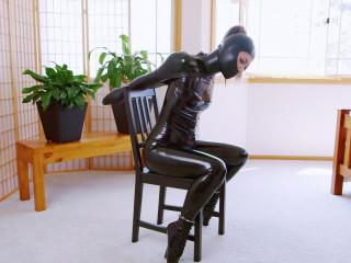 Mina Chair Bound Gwen (2016)