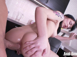 Tetti Dew Korti - Pigtailed Brunette Discovers the Anal Pleasures (2017)