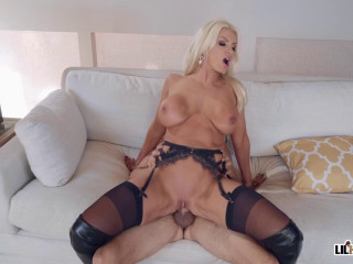 Brittany Andrews - Pounding The Panty Thief (2020)