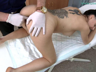 Ashley Woods (26 years girl gyno exam)
