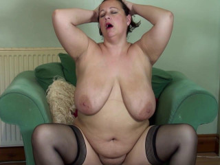 british round housewife fingering herself and tease her phat bra-stuffers