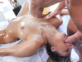 Wet Bouncing Booty - Gia Derza