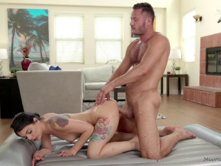 Gina Valentina - The CEOs Reward (2018)