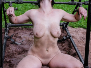 IR - Bella Rossi - The Farm: Bella's Visit Part 2 - Sep 12, 2014 - HD
