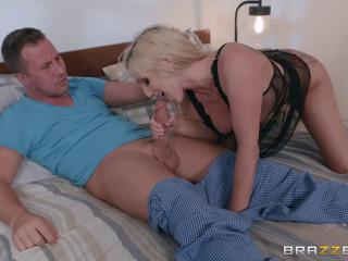 Christie Stevens - The Slutwalker FullHD 1080p