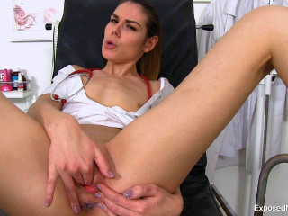 Marisa 27 years women gynecology game (2017)