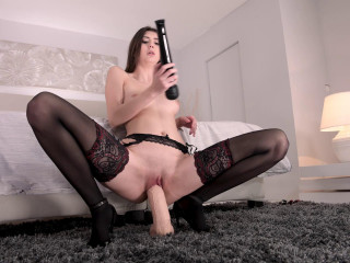 Lina Luxa Hot Ass Fisting Solo