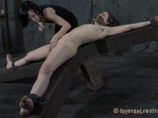 Infernalrestraints - Mar 16, 2012 - Have fun Thing - Juliette March