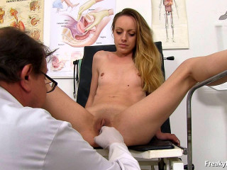 Natalia Joy button 24 years girls gynecology exam (2016)